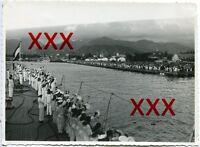 KREUZER KARLSRUHE - orig. Foto, 12,7x17cm, Abschied Honolulu, Hawaii,1932, photo