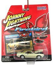 Johnny Lightning 1968 68 Pontiac Firebird 400 Car Die Cast 1/64 Rubber Tires