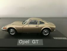 SCHUCO 1.43 OPEL GT 1900 CHAMPAGNE/OR Limited Edition 1000.