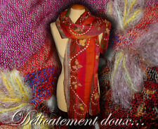 Joli Châle 100% laine motif Multicolore brodé - CH80