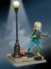 Mars Attacks Model Kit Horror Movie Martian Warrior Alien Monster Collectible