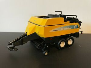 BRITAINS 1:32 SCALE NEW HOLLAND BB960A BIG SQUARE BALER
