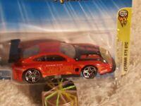 Hot Wheels 2005 First Editions Realistix #3/20 Red FERRARI 575 GTC w/PR5 COL#003