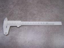 Pied à coulisse à vernier 150 mm plastique blanc