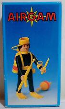 AIRGAM BOYS VINTAGE años 80 Pyro Plast Scuba Diver # 105 Figura Rara NUEVA