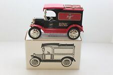 Leinenkugels #5 1913 Model T Diecast Delivery Bank