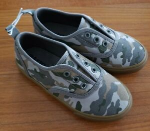 NEW Old Navy Boys SIZES 5 / 9 Laceless Slip On Sneaker GREEN CAMO #16921