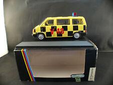 Schabak n° 1067 Volkswagen Transporter Follow me 1/43 neuf inbox/en boîte MIB