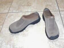 ~Women's~CLARKS~Taupe Suede/Leather Slip on Slides Shoes Clogs size 7.5 M~CUTE~