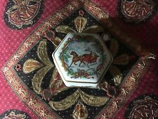 """Heritage House Lovely Melodies Of Christmas Porcelain Music Box """"Jingle Bells"""""""