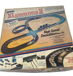 Vintage Aurora Xlerators II Controlled Slotless Electric Racing Big Loop