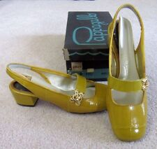 Vintage 1960s Pappagallo Mustard Mary Janes, Slingbacks, Gold Buckle, 6M