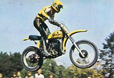 Motocycliste Sport Roger DECOSTER né à Uccle sur sa moto de Motocross