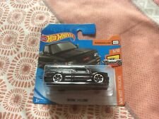 Hot Wheels Hot Trucks - '91 GMC Syclone