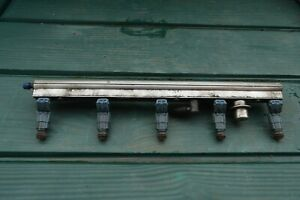 VOLVO T5 BLUE INJECTORS WITH FUEL RAIL 0280155830