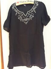 Target ladies black and white top size 16 beach resort cruise summer