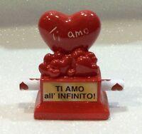 SAN VALENTINO AMORE LOVE MINIATURE IN RESINA CON CUORE E BIGLIETTO D'AUGURI C