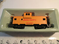 Vintage Bachmann HO Union Pacific Caboose #25743 - UNTESTED