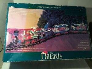Dillard's G-Scale Holiday Express Christmas Animated Train Set! Excellent!