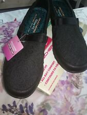 Skechers Relaxed Fit: Breathe Easy Thankful Slip-On Women's Shoes Size 9.5