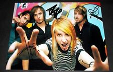 """PARAMORE PP SIGNED 10""""X8"""" PHOTO REPRO HAYLEY WILLIAMS"""