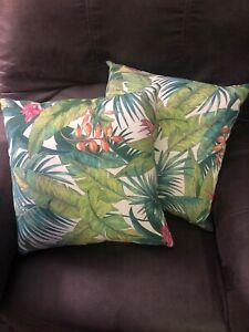 Solarium Corazon 17-inch Indoor/Outdoor Throw Pillows (Set Multi