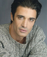 Gilles Marini UNSIGNED photo - 2697 - HANDSOME!!!!!