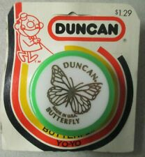 """VINTAGE 2"""" GREEN AND WHITE DUNCAN BUTTERFLY YO-YO IN PACKAGE"""