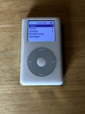 HP INVENT Apple iPod classic 4th Generation MP102 White (20 GB) Hard To Find!!