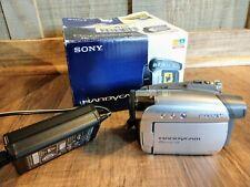 Sony Ntsc MiniDv Digital Handycam Camcorder 20x Zoom - Video Transfer (Dcr-Hc26)