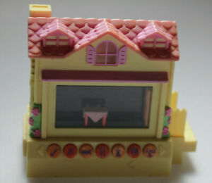 Pixel Chix Yellow House Pink roof, Tested and working, 2005