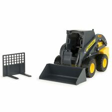 1/16th Ertl Big Farm New Holland L225 Skidloader with Attachments 46455