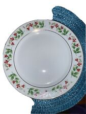 two. Royal Norfolk Rnf15 Dinner Plate holly pattern