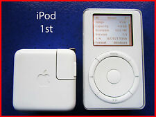iPod Classic 1st 5GB .....Good looking condition !!!!.........Model.: M8541