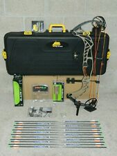 """Loaded Hoyt Pro Defiant Turbo Bow Package- 28 to 30"""" - 60 to 70 lb- Buckskin/Bl"""