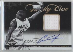 2011-12 Limited Trophy Case Materials Signatures /49 Andre Iguodala #22 Auto