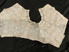 More details for stunning victorian fine lace collar in good condition .