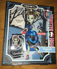 monster high doll new in box! once upon a time Threadarella Frankie stein