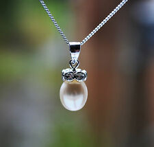 "Sterling Silver 925 Fresh Water Pearl Pendant  & 18"" Curb Chain"