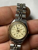 Vintage Ladies Silver Tone Timex Indiglo Analog Watch With Date Feature
