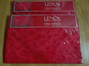 Lenox Dining Sets Service for 8 Holly Damask 16 Pieces Napkins and Placemats NEW