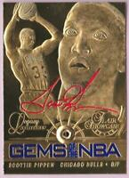 SCOTTIE PIPPEN 1997 FLAIR SHOWCASE LEGACY COLLECTION GEMS OF THE NBA 23KT #/4523