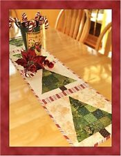PATCHWORK CHRISTMAS TREE TABLE RUNNER Shabby Fabrics Table pattern Quilting