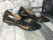 Clarks Artisan Women's 10 Black Bronze studded T-Strap Wedge Sandals