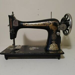 Vintage Singer Sphinx Sewing Machine 1920 Made In Canada Cast Iron Antique