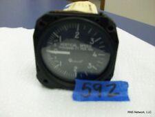 """United Instruments 3"""" Vertical Speed P/N 7040 s/n 29438 (CORE)"""