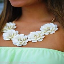 Elegant Chunky White Spring Summer Rose Petals Flower Bib Statement Necklace Set