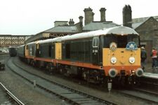 PHOTO  CLASS 20 LOCO NO 20064 LEADING AND 20030 AND 20118 A SPECIAL 'THREE TO TH