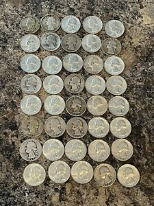 Roll of silver quarters!! 40 silver quarters MIXED dates and mint marks!! Wow!!