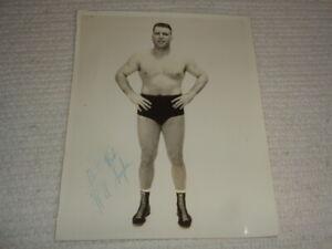Vintage Original Wilbur Snyder SIGNED 1960s WWA AWA Wrestling Rare Photo